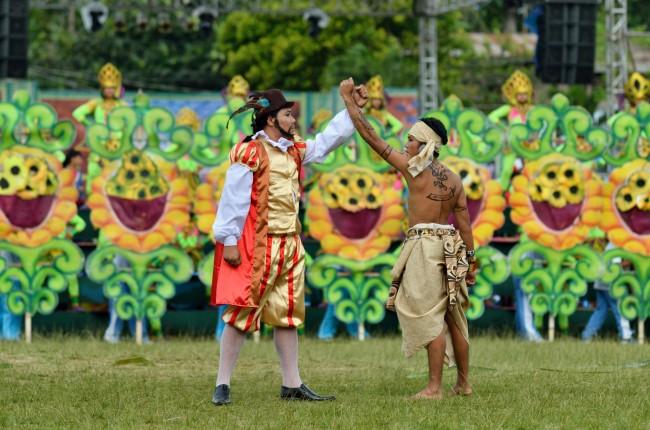 sandugo-festival-2013-tagbilaran-city-bohol-philippines-005
