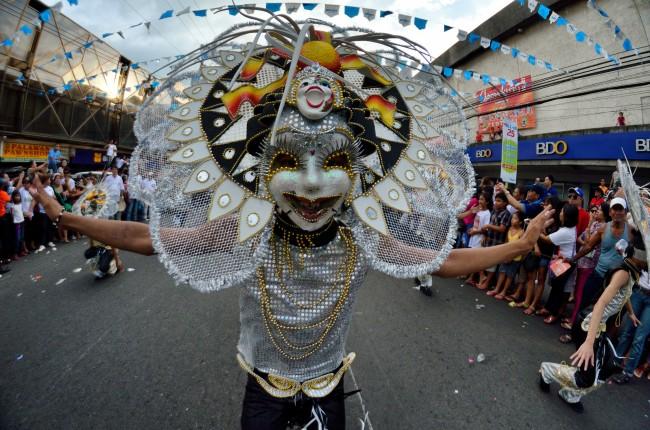 masskara-festival-2012-bacolod-city-philippines-010