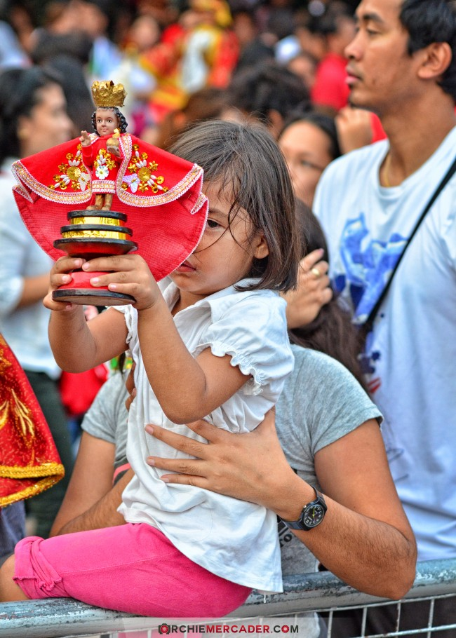 sinulog 2013 sto nino cebu philippines festival queen contingent sidelights fluvial procession higante archie mercader achilez achilez (11)
