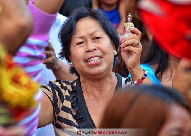 sinulog 2013 sto nino cebu philippines festival queen contingent sidelights fluvial procession higante archie mercader achilez achilez (20)