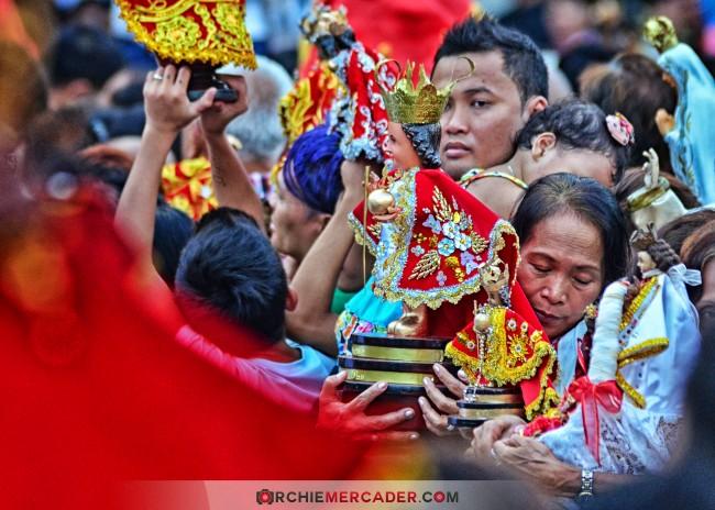 sinulog 2013 sto nino cebu philippines festival queen contingent sidelights fluvial procession higante archie mercader achilez achilez (25)