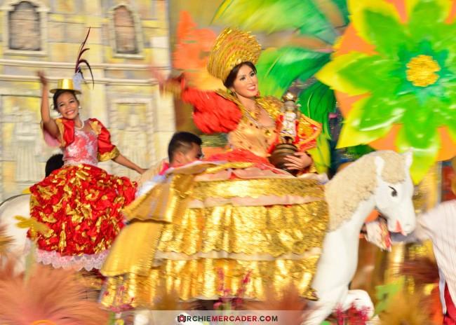 sinulog 2013 sto nino cebu philippines festival queen contingent sidelights fluvial procession higante archie mercader achilez achilez (28)