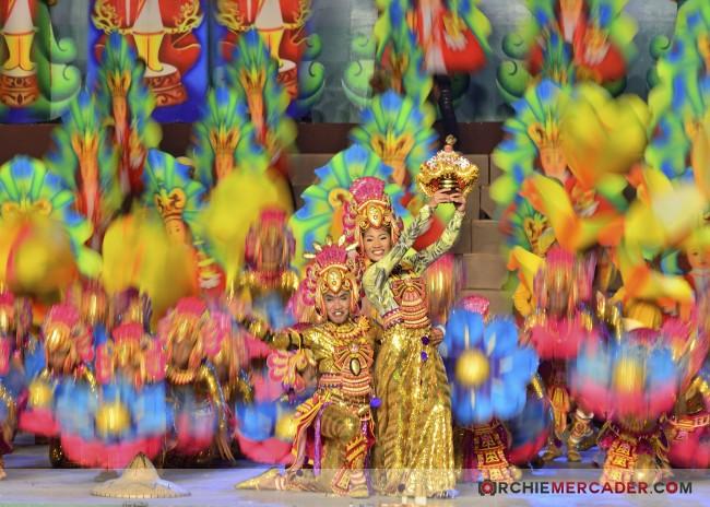 sinulog 2013 sto nino cebu philippines festival queen contingent sidelights fluvial procession higante archie mercader achilez achilez (4)
