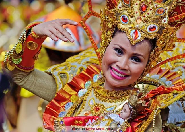 sinulog 2013 sto nino cebu philippines festival queen contingent sidelights fluvial procession higante archie mercader achilez achilez (8)