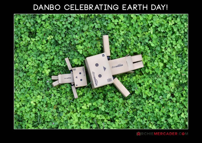 Happy Earth Day Danbo March 2013 Green Earth