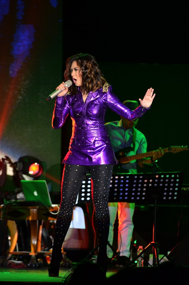 Sarah Geronimo Perfect 10 Concert Live in Cebu December 2013 (10) (Copy)