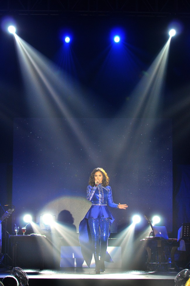 Sarah Geronimo Perfect 10 Concert Live in Cebu December 2013 (27) (Copy)
